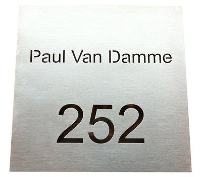 Nummergravure op inoxplaatje gelaserd